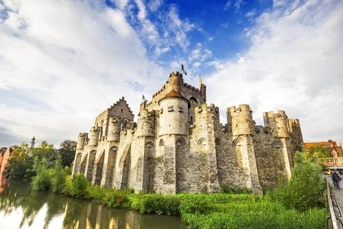castillo-de-los-condes-de-flandes-gante